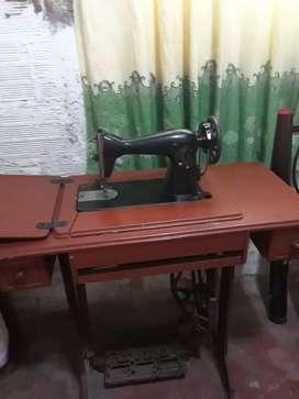 Maquina antigua de coser