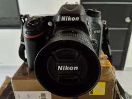 Vendo Nikon D7100 con Dos Lentes -