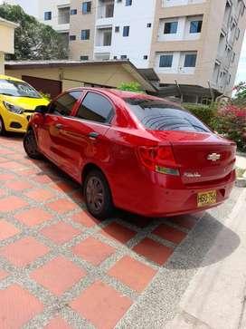 Modelo 2014 gasolina color rojo