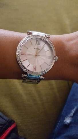 Reloj de Mujer Guess Silver