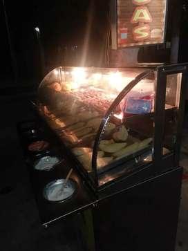 Alquilo puesto de fritos en la tarde_noche con gas y luz $30.000 pago diario