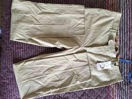 Pantalon nuevo burberry talla 50
