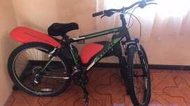 Bicicleta marca TREK modelo 3500