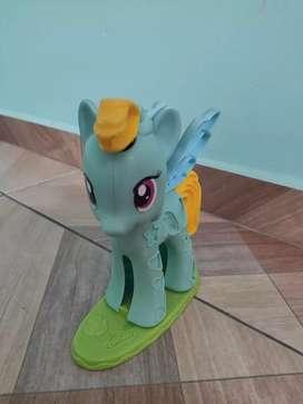 Pony para jugar con playdoy