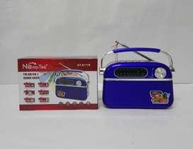 Radio compacto Nano-Tec con 3 bandas de radio, operación a AC y DC y sonido de alta calidad NUEVO