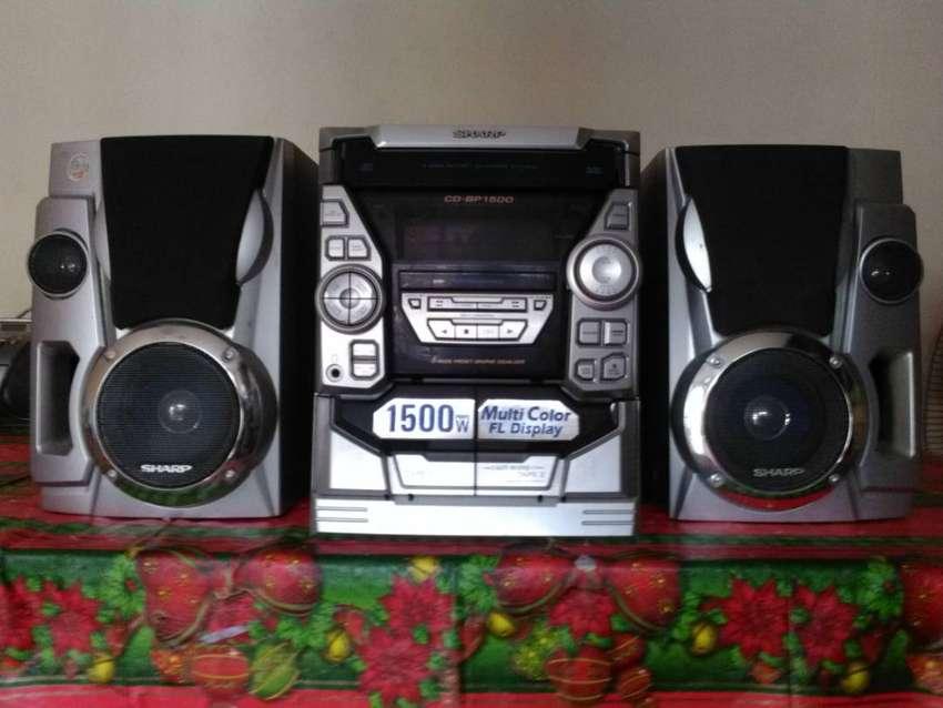 Equipo de Sonido Sharp CD-BP 1500