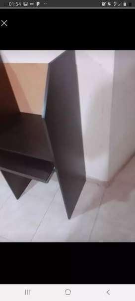 Se vende mueble para computador
