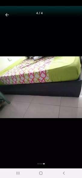 Vendo cama de 1 metro y somier sin colchón de 140