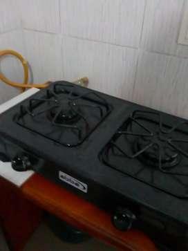 Vendo estufa de dos fogones Marca abba