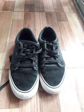 Vendo zapatillas 35 impecables