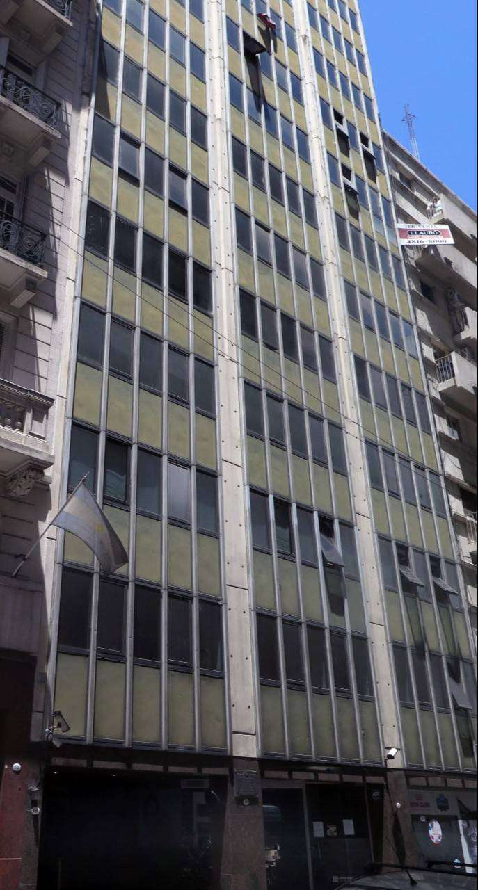 SEMIPISO 117m2, SARMIENTO 900, 3 PRIVADOS Y SALON, SIN COLUMNAS 0