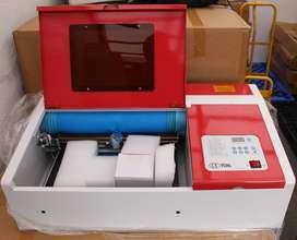 Máquina de Corte y Grabado Láser 30x20