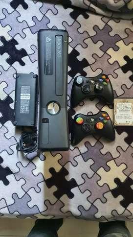 Vendo Xbox Slim 5.0
