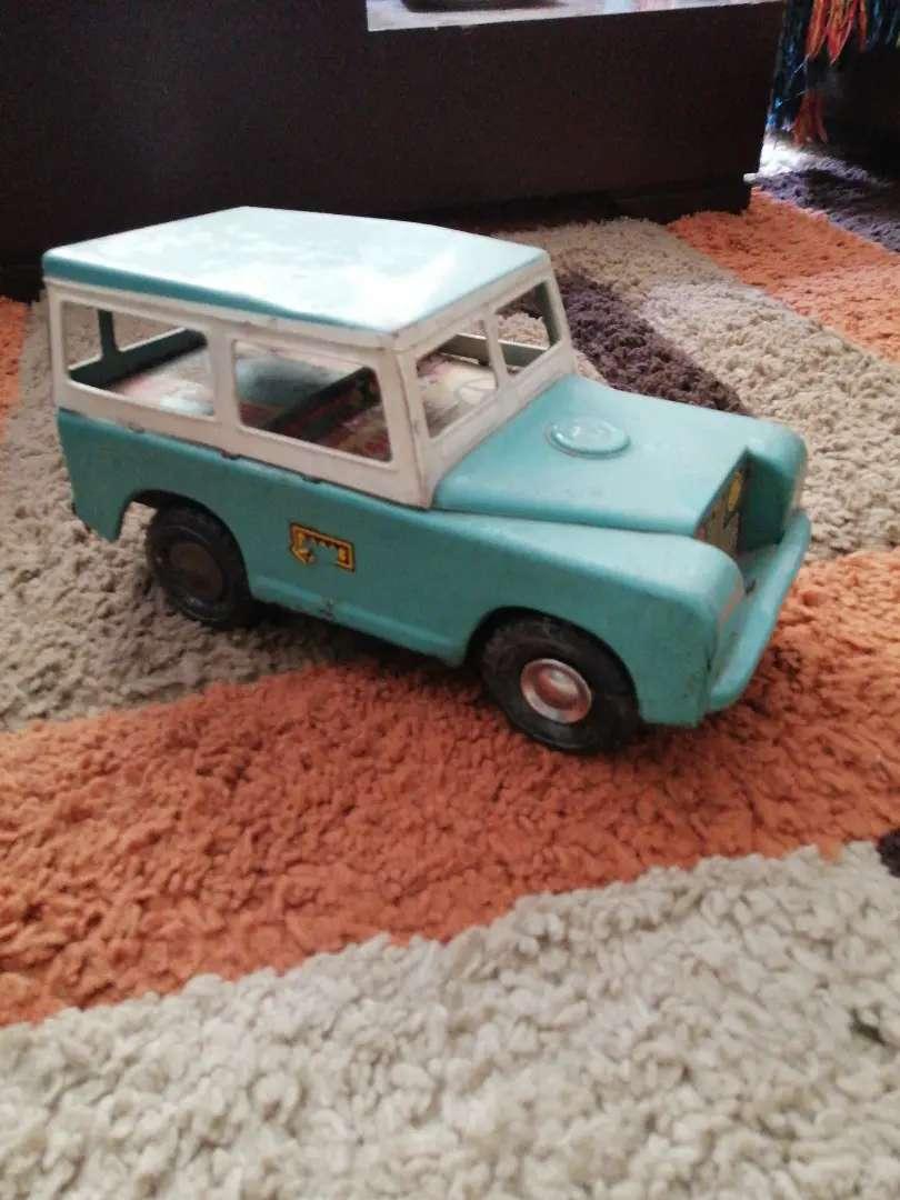Carro de hojalata juguete antiguo land rober 0