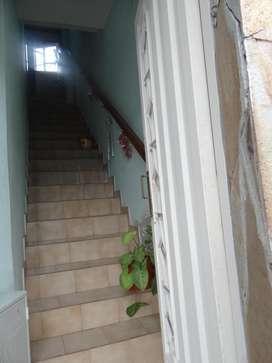Dueño alquila magnifico departamento/piso en excelentes condiciones