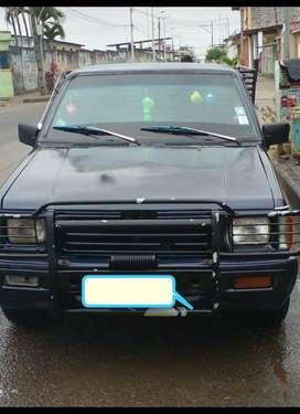 Vendo auto midsubishi L200