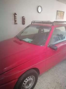 Se vende Fiat mil uno