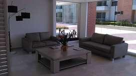 Apartamento amplio, con buena ubicación