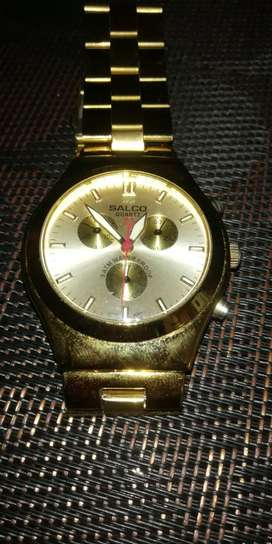 Vendo Reloj Salco Quartz Gold