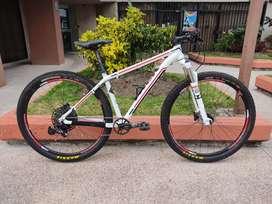 "Bicicleta Trek Cobia Sram Nx Rockshox Recon ""29"