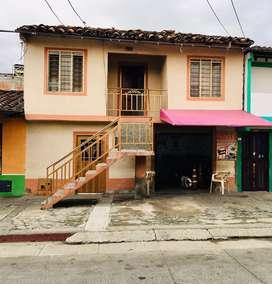 Casa de dos pisos Tomas Uribe