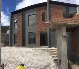 Casa en venta en Quito San José de Cumbayá Cod: V247