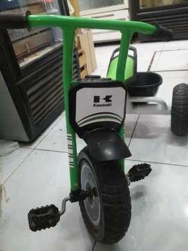 Triciclo Kawasaki