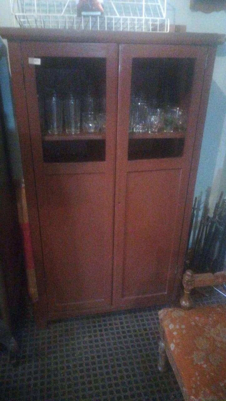 Mueble vitrina alacena en madera antigua vintage retro clasico