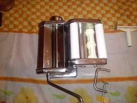 Maquina para hacer pastas incluido ravioles!!
