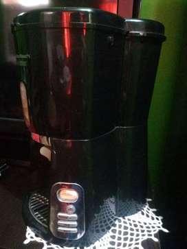 Cafetera eléctrica Hamilton