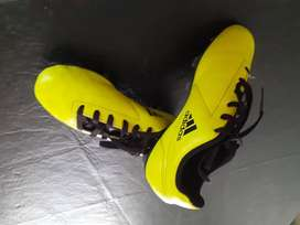 Botines addidas impecables