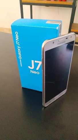 Celular J7 neo usado en muy buen Estado