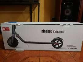 Scooter Eléctrico KickScooter ES1 - NINEBOOT  BY SEGWAY - NUEVO