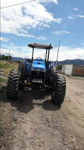 New Holland TD95D Año 2012 con 12500 h