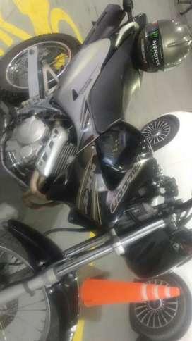 Vendo o permuto Honda falcón