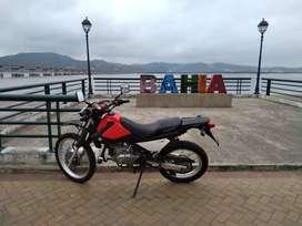 Vendo o cambio moto suzuki Dr 200