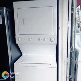 Vendo torre lavadora secadora a gas marca frigidaire