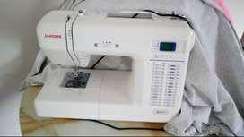 Vendo maquina de coser marca Janome en excelente estado