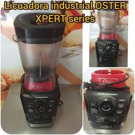 Licuadora industrial OSTER XPERT series