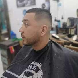Se Necesita Barbero Urgente