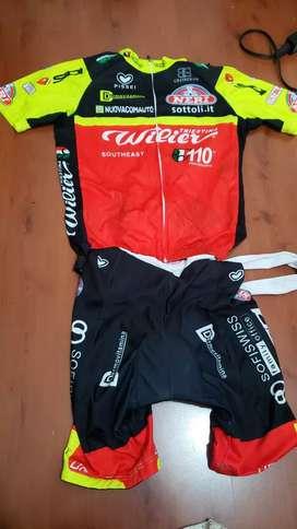 Uniformes para ciclismos 10/10