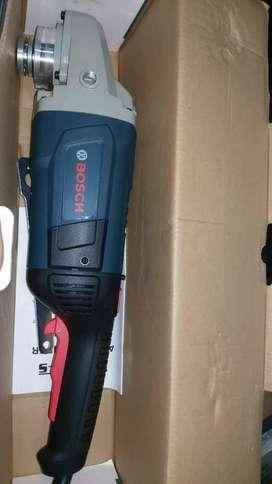 Pulidora 9 pulgadas Marca Bosch a Buen precio
