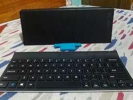 Vendo teclado bluetooth Logitech
