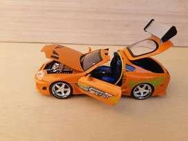 Vendo Toyota Supra -Esc 1/24 -Juguete de Colección