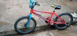 Vendo urgente!!! Bicicleta venzo