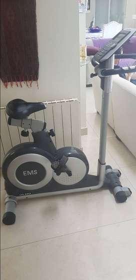 bicicleta fija olmos EMS