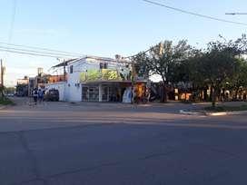 Alquilo local comercial sobre avenida