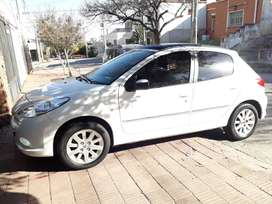 Vendo Peugeot 207 Compact XT Premium
