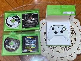 Mando NUEVO de Xbox One White con 2 juegos usados