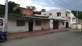 VENDO CASA  EN ATALAYA LOS ALMENDRO